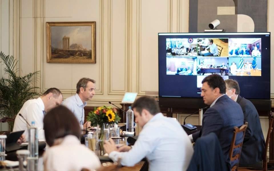 Σύσκεψη υπό τον πρωθυπουργό τη Δευτέρα για την αύξηση των κρουσμάτων   Ελλάδα