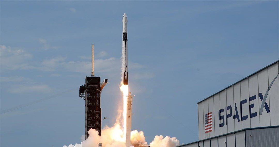 Η NASA ανέθεσε στη SpaceX την ανάπτυξη συστήματος προσσελήνωσης