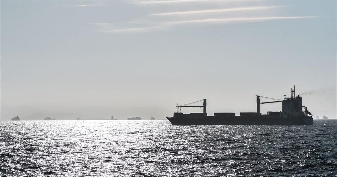 Μείωση 0,9% σημείωσε η δύναμη του ελληνικού εμπορικού στόλου τον Απρίλιο